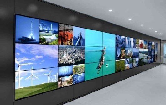 Digital Signage Solutions - 2vw4 - Digital Signage Solutions – Indoor & Outdoor