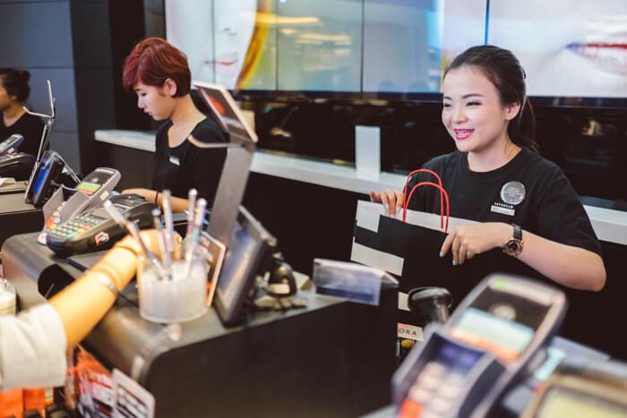 align staff RetailNext - alighn staff - In Store Analytics by RetailNext