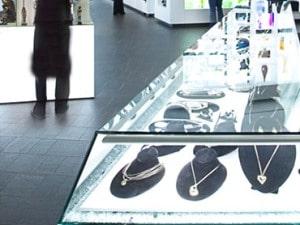 Retail Labs RetailNext - 3 3 - In Store Analytics by RetailNext